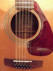 """""""未完""""成-50年(半世紀)前のYAMAHA-""""FG-260″(グリーンラベル)の""""モディファイ""""(リペア)で使用し続けた12本の弦-ダダリオ-DADDARIO EJ36 80/20 Bronze Wound 12-Stringのレビュー!!"""