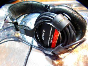 """SONY製-""""ヘッドホン""""-""""MDR-CD900ST″のイヤーパッド(Ear pads)交換のレビュー"""